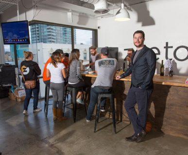 zeeto-office-bar